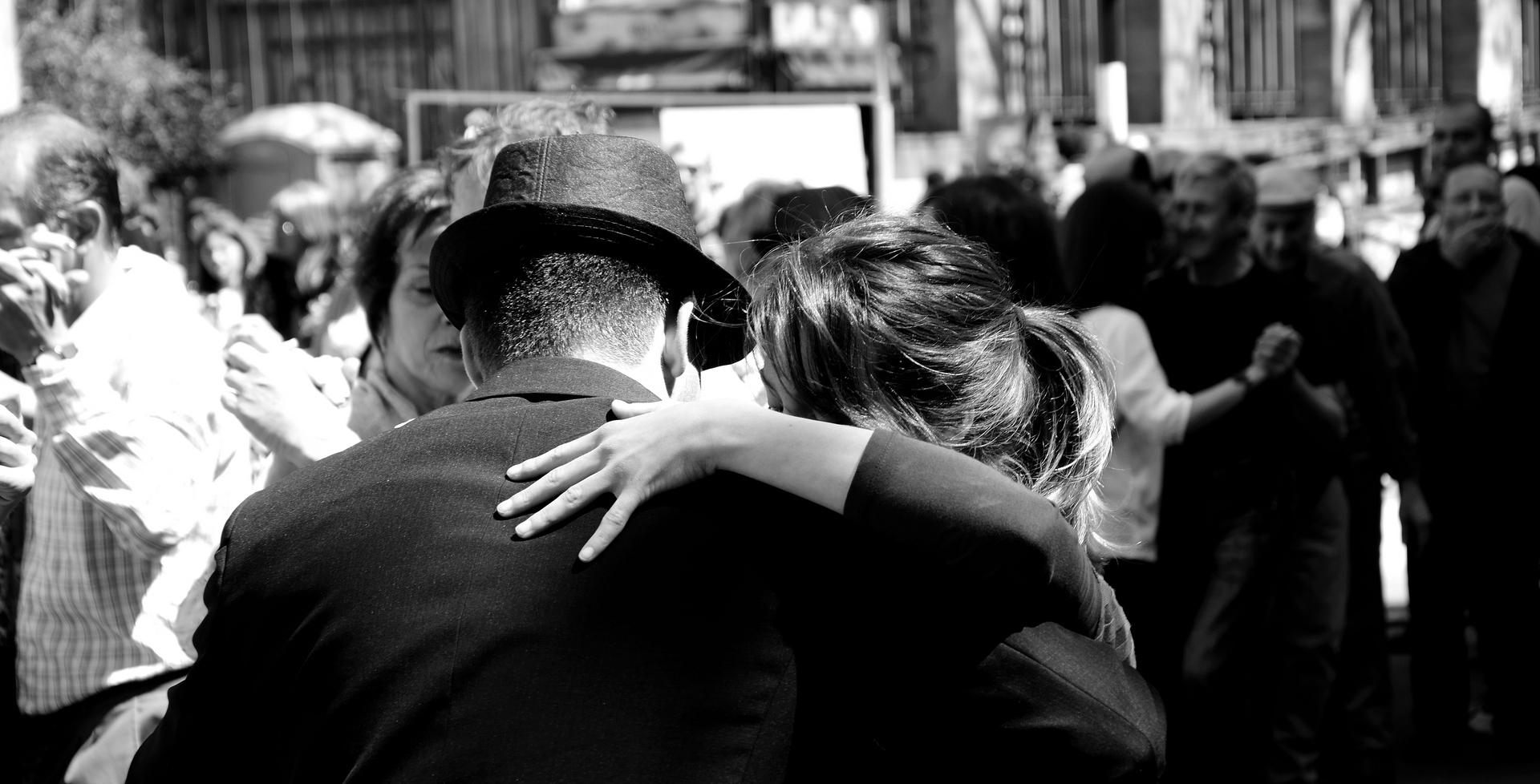 """""""Anímate a sentir un tango, no será solo uno"""""""